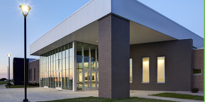 The Bartelt Conference and Education Center adjoins Grinnell Mutual's existing headquarters on the south side of the building. Guests have access to parking outside the main entrance. Additional south side parking has been added to accommodate large events held at the facility.