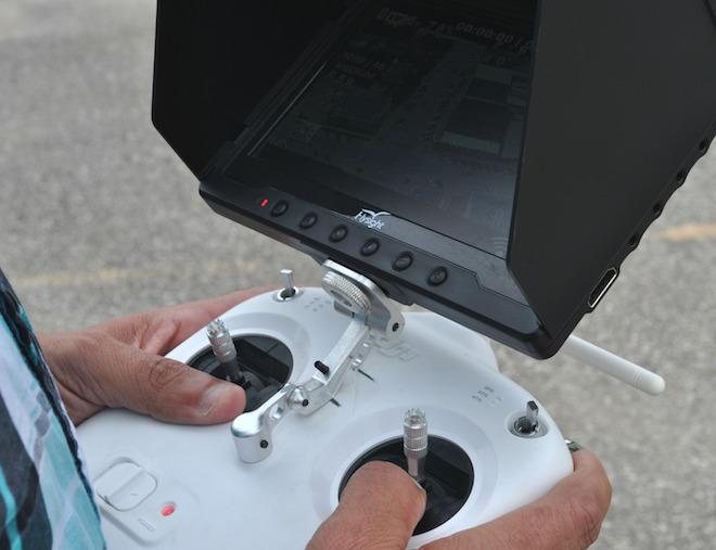 Monitor of the Phantom II.